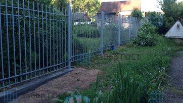 Сварной забор из квадрата 20х20мм высотой 2 метра